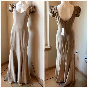 ABS Allen Schwartz Rosette Gown 🌹